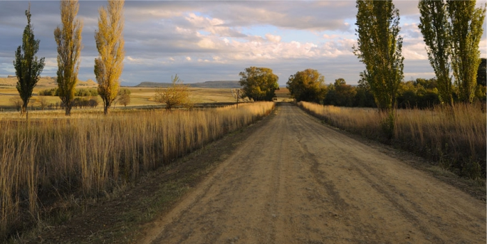 Discover the Jewel of the Eastern Free State on spectacular gravel roads